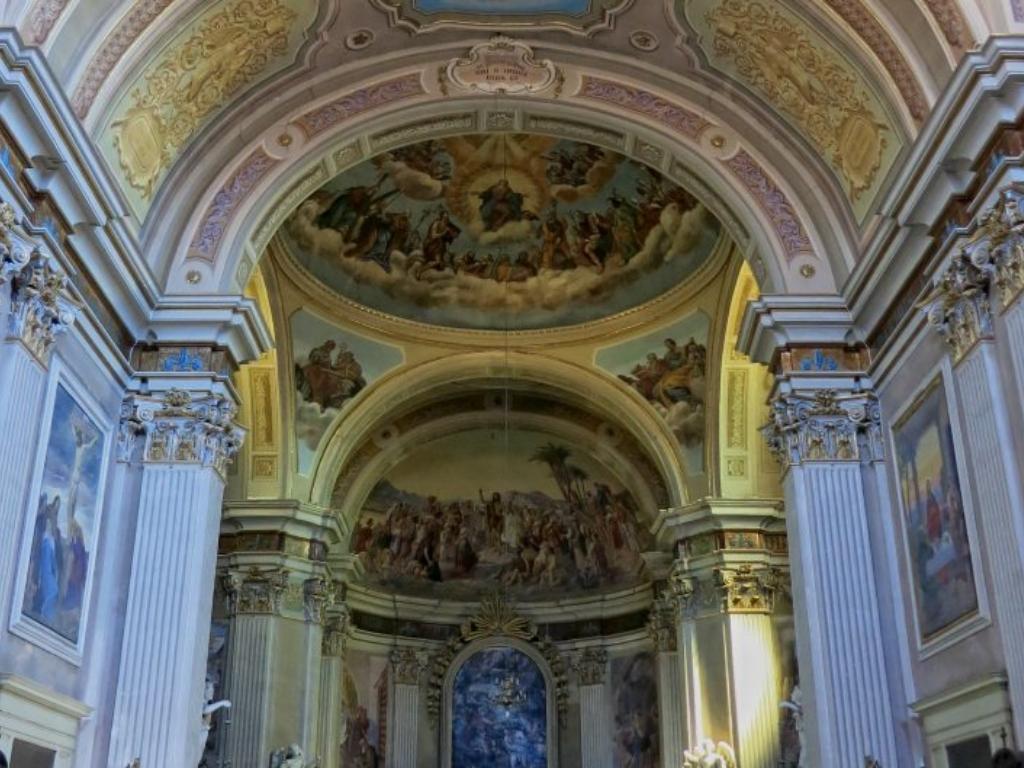 San-Giovanni-Battista-navata-2-800x529