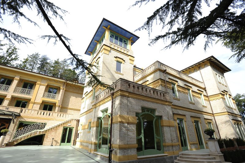 Villa-Serita